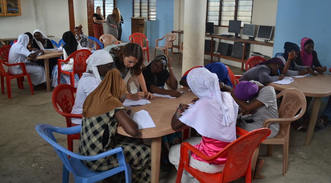 A Projects Abroad volunteer assist Ghanian women in Human Rights issues in Ghana.